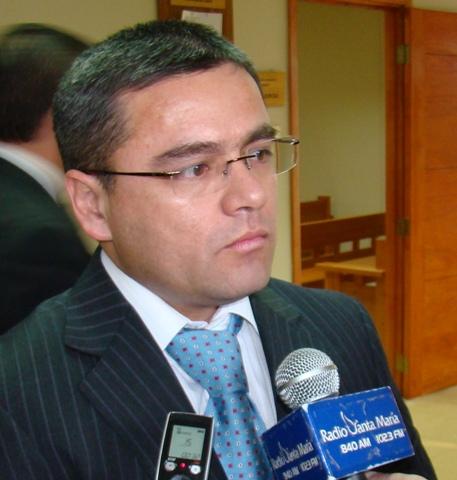 Luis Contreras Alfaro, fiscal.