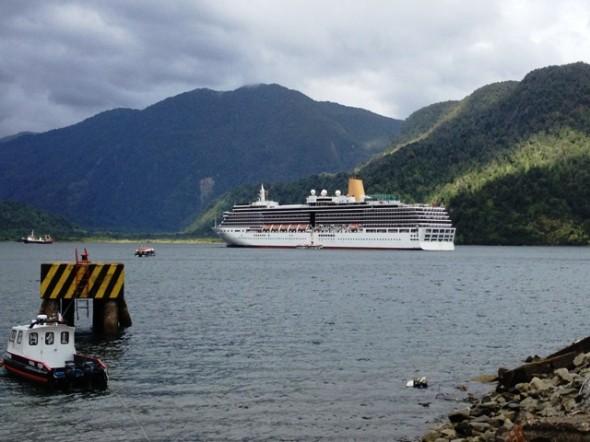 Crucero en Puerto Chacabuco