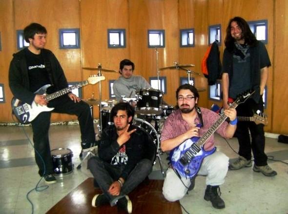 Cuatro Golpes, banda de Puerto Aysén estará en el evento 2013.
