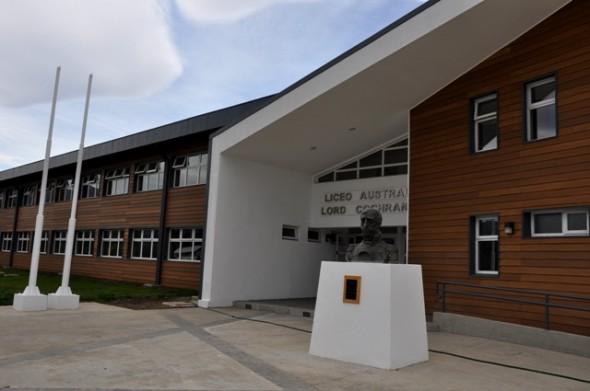 Liceo Austral Lord Cochrane, el más moderno de la región, abrirá sus puertas en marzo