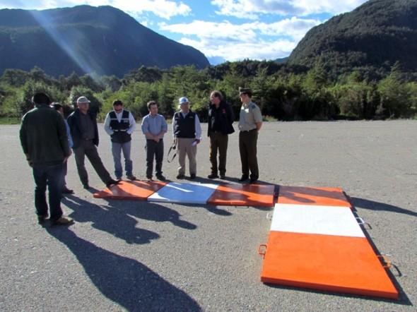 Autoridades inspeccionan obras en sector Río Exploradores