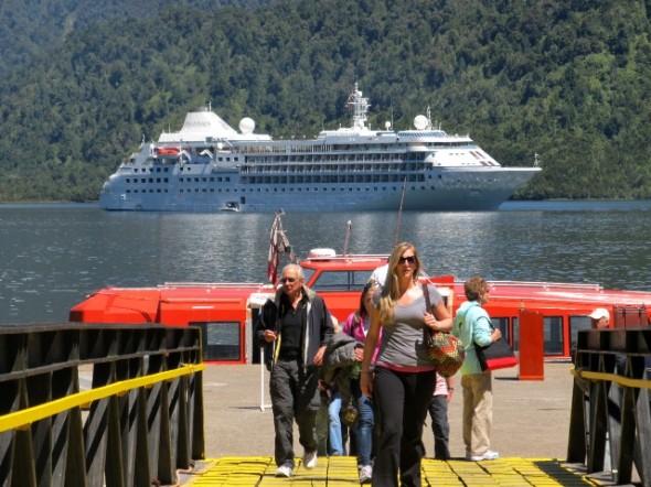 Cifras de turistas desembarcados en Aysén triplicó a la temporada anterior de Cruceros Internacionales