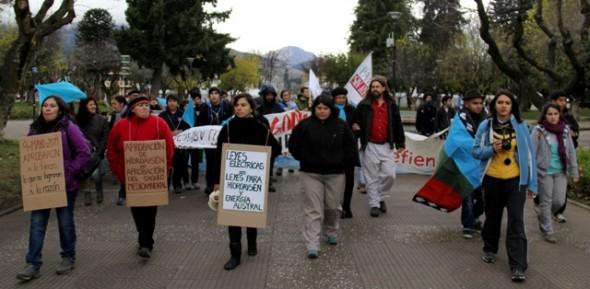 Coyhaiquinos se manifestaron contra HidroAysén