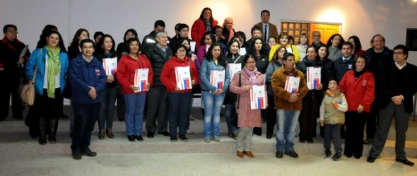 En emotiva ceremonia 94 Familias de Puerto Aysén recibieron subsidios para su casa propia y mejoramiento