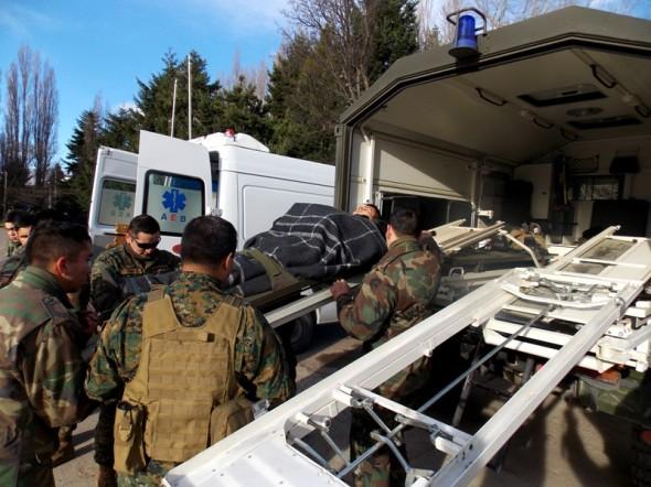 Traslado soldados lesionados desde Cochrane