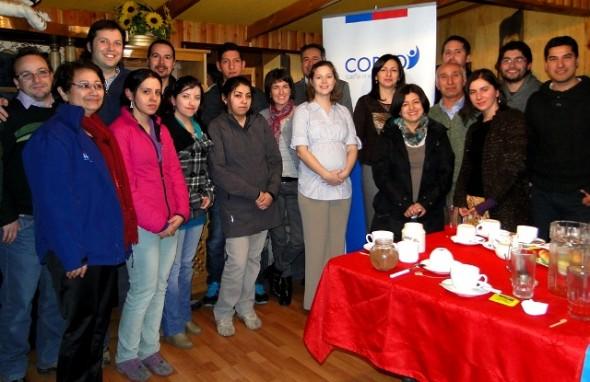 Autoridades dan el vamos a 28 alumnos beneficiados con becas de inglés Corfo en la región