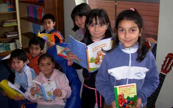 Ministerio de Educación convoca a encuentros regionales de Bibliotecas Escolares CRA