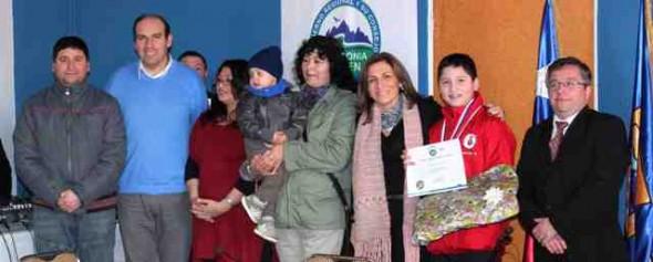 Premiación a esgrimista Gabriel Rojas