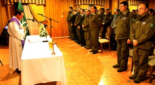 Servicio religioso tras deceso del Subteniente Daniel Silva