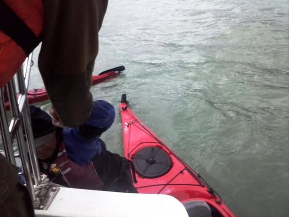 Rescate kayakista 1