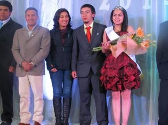 Culminó  semana aniversario de Puerto ingeniero Ibáñez con un emotivo  festival de la voz y con nueva reina año 2014