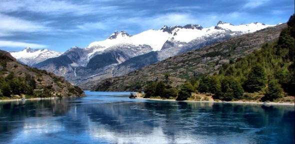 Desembocadura lago General Carrera.