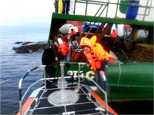 Los pasajeros fueron trasladados a Puerto Chacabuco por naves dispuestas por la empresa Armadora