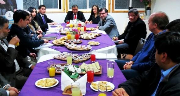 Umag y autoridades Coyhaique 2