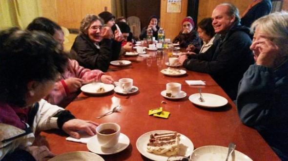 Walker con adultos mayores La Junta