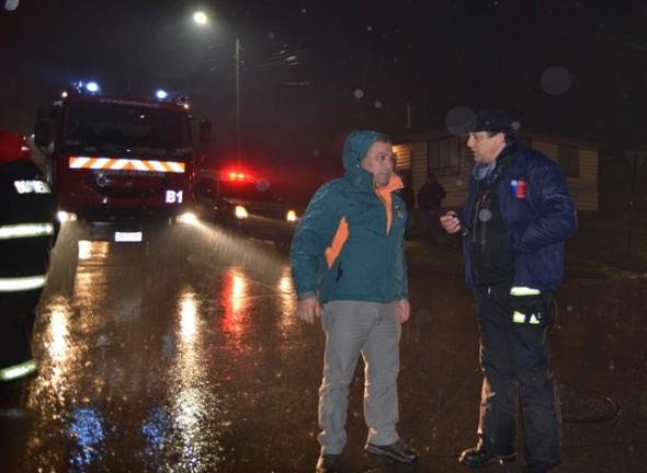 Alcalde Huala y Sidi Bravo Onemi en terreno lluvias en Coyhaique