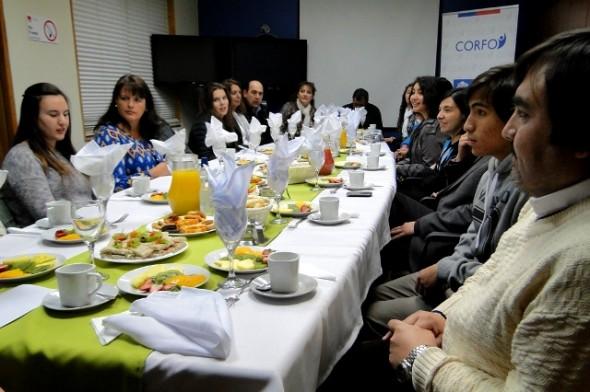 Estudiantes que realizaron pasantía escolar en Nueva Zelandia regresaron a la Región.