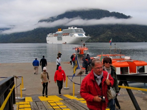 Confirman retorno de línea de cruceros al itinerario oficial de la Región de Aysén