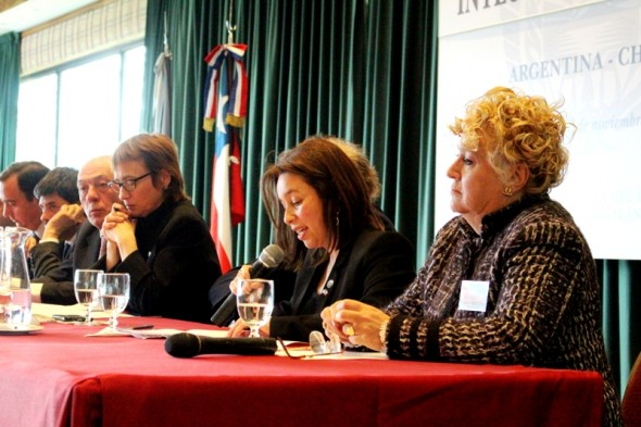 Intendenta Ordenes en Encuentro Binacional Ushuaia