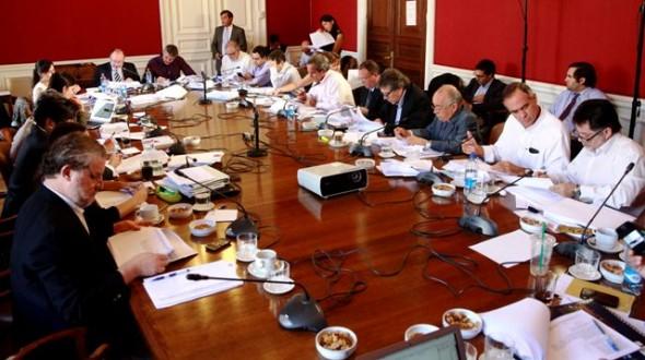 Comision Senado Hacienda y Educacion Nota