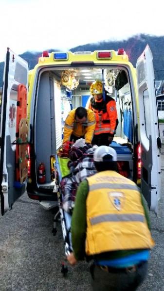 Ingreso mujer rescatada a Hospital
