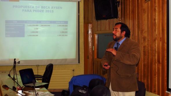 2- Marcio Villouta, Dir Reg JUNAEB en Comision Social CORE