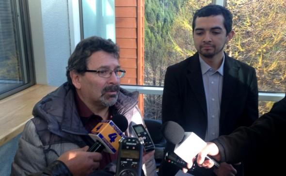 2. Concejal Juan Haro y Alcalde (s) Cristia Saldia en Contraloria