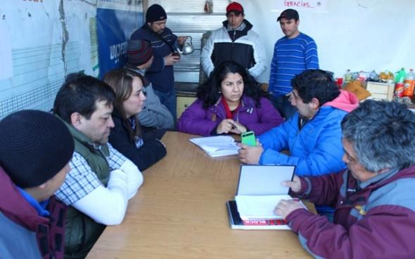 Reunión Cerro Bayo 2 Nota