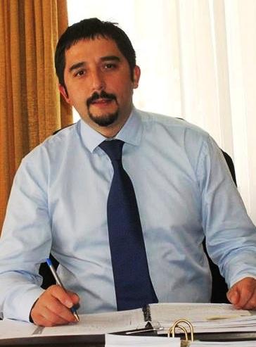 Gobernador Jorge Calderon Nota