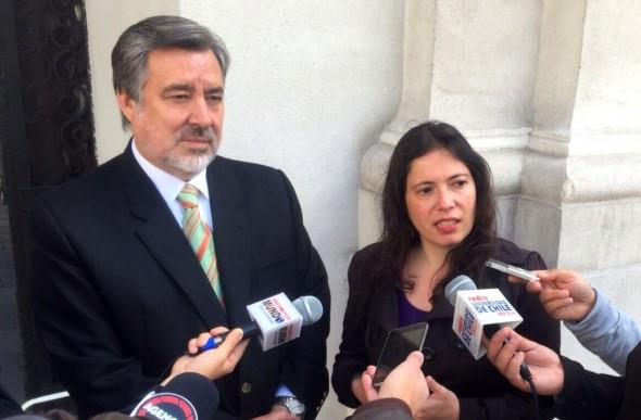 Alejandro Guillier, Javiera Olivares Nota