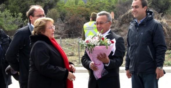 Bachelet y Emilio Alarcon Nota