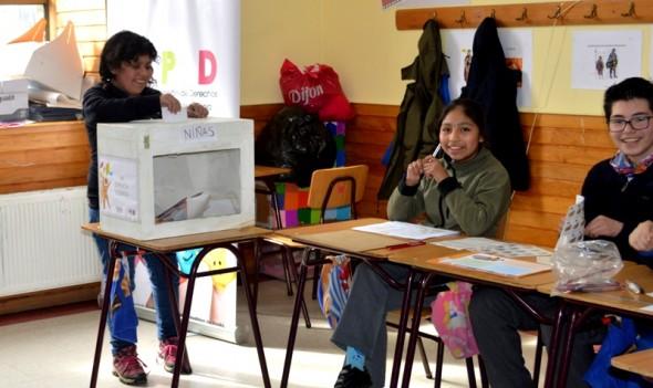 Niños Votando 2 Nota