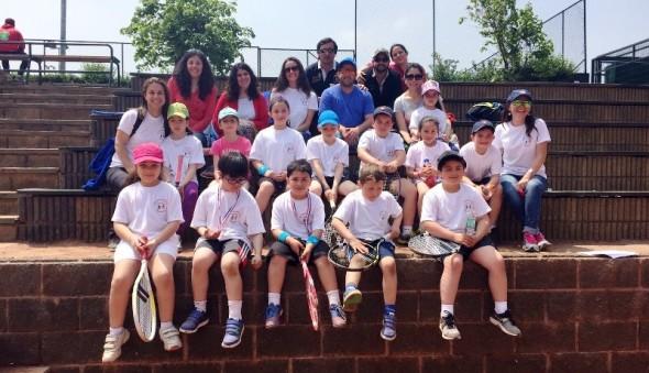 Escuela de Tenis Coyhaique en Santiago
