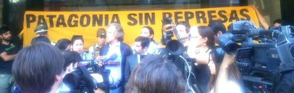 En Santiago frente al ministerio del Medio Ambiente