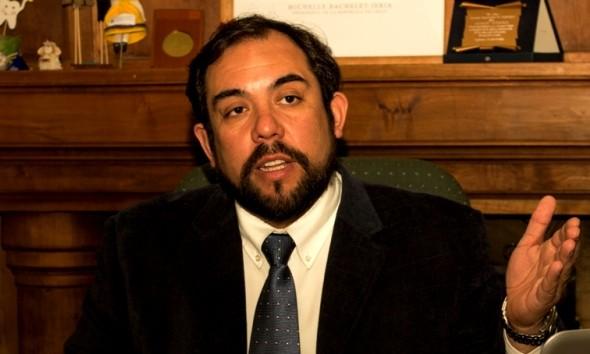Marcio Villouta  Alvarado, director regional de Junaeb Aysen