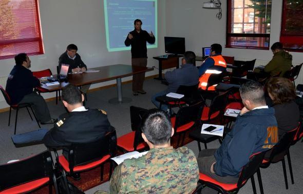 Realizan charla informativa sobre Red Sísmica de la Región de Aysén