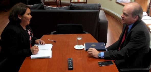 Senador Patricio Walker se reunió con Directora Nacional del Sename
